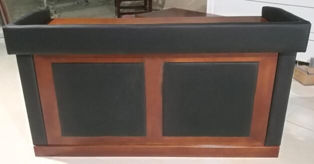 AZY-ZR26型软包审讯桌(图3)